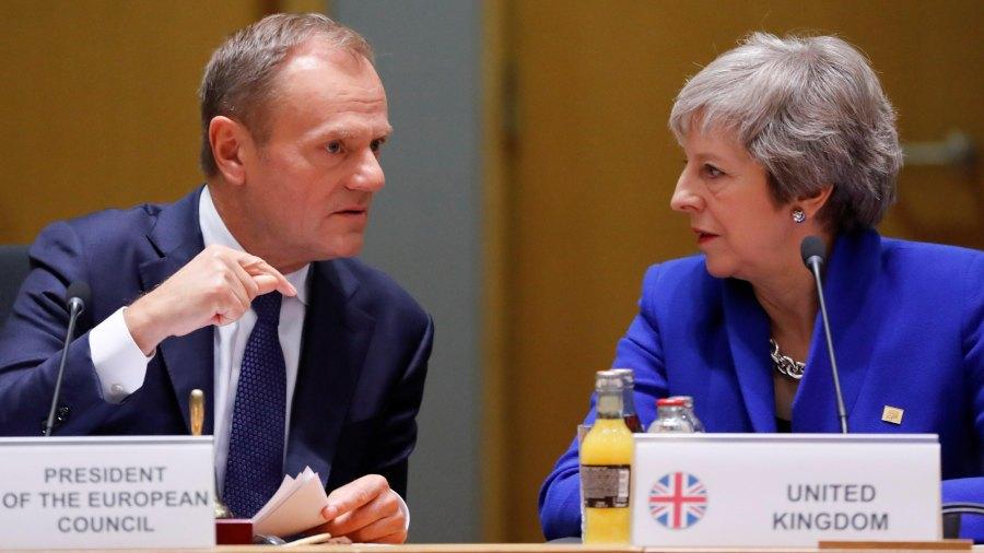 """Theresa May pide una prórroga del """"brexit"""" hasta el 30 de junio"""