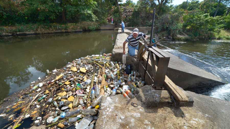 El río Sensunapán bajo amenaza de desaparecer